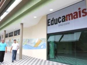 Interessados devem procurar o EducaMais Centro, em Jacareí. (Foto: Alex Brito/PMJ)