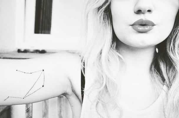 Tatuagem de Libra  (Foto: Reprodução/ Instagram )