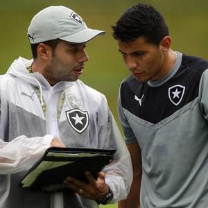 Jair Ventura e Gervasio Nuñez Botafogo (Foto: Vitor Silva / SSpress / Botafogo)