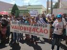 Servidores municipais de Araripina protestam contra atraso nos salários