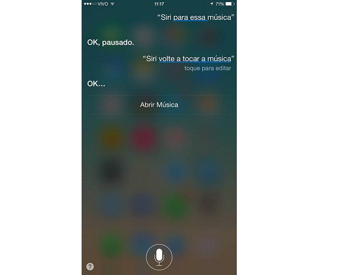 Usuário pode pausar e retomar música com a Siri (Foto: Reprodução/Aline Jesus)