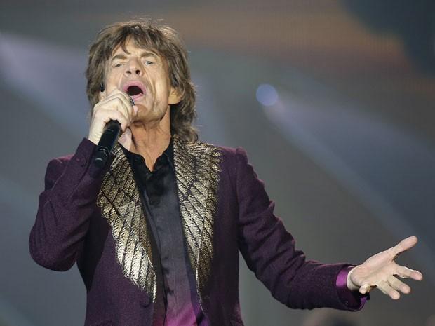 Mick Jagger durante show dos Rolling Stones em Düsseldorf, na Alemanha, em 19 de junho (Foto: AFP Photo/DPA/Oliver Berg)