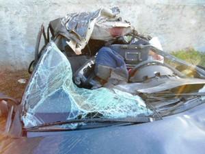 Acidente envolveu três carros (Foto: PRF/Divulgação)