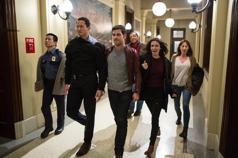 O elenco de Grimm  pure energia. (Foto: NBCUniversal)
