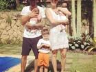 Luana Piovani posa com o marido e os três filhos: 'A família está completa'