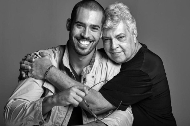 Rodrigo com o pai, Sidney Magal (Foto: Reprodução / Instagram)