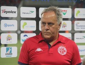 América-RN - Aluísio Moraes, técnico (Foto: Fabiano de Oliveira)