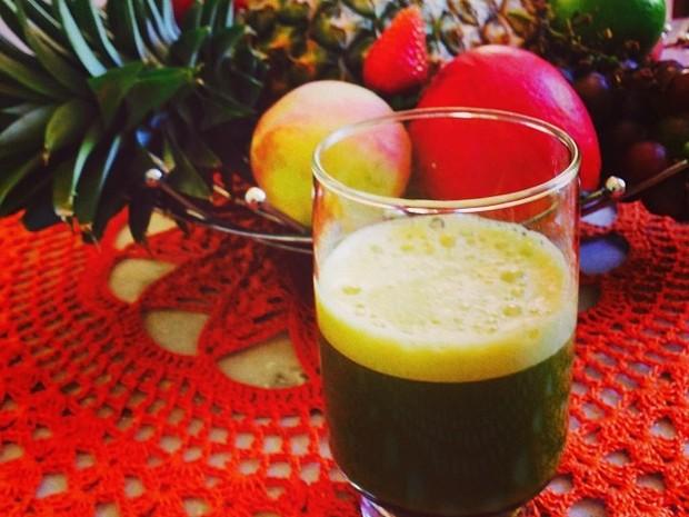 Grazi Massafera posta foto de suco verde (Foto: Instagram / Reprodução)