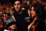 BLOG: Arianny Celeste estaria de caso com baterista do Blink-182, diz site