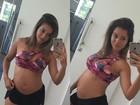 Aryane Steinkopf mostra barriguinha de grávida ao acordar