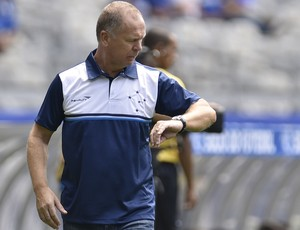 Mano Menzes, treinador do Cruzeiro (Foto: Douglas Magno)