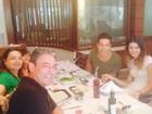 Tá rolando! Pai de Di Ferrero entrega namoro do cantor e Isabelli Fontana