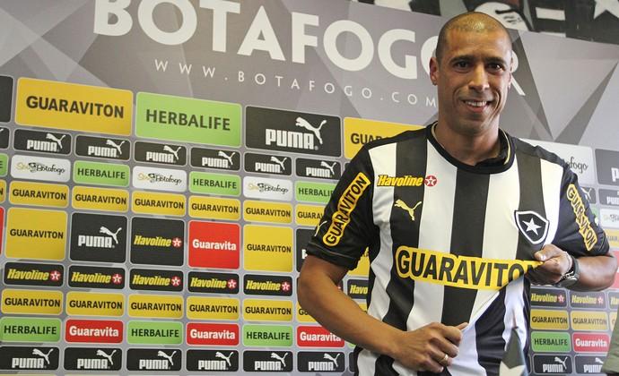 Jorge Wagner apresentação Botafogo (Foto: Vitor Silva/SSPress)