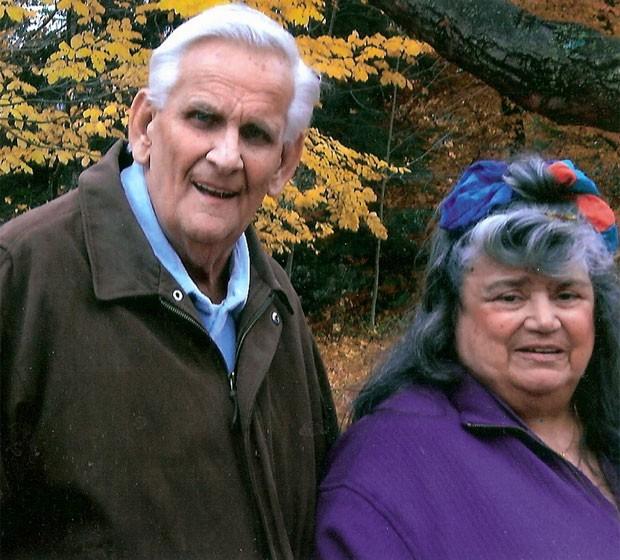 Ed e Floreen Hale viveram 60 anos juntos e morreramcom 36 horas de diferença (Foto: Reprodução/Batavia Funeral Homes)