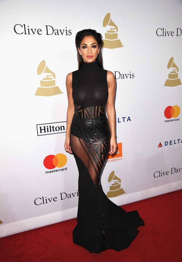 LOS ANGELES, CA - FEBRUARY 11: [Editor's note: This image contains nudity.] Singer Nicole Scherzinger attends Pre-GRAMMY Gala and Salute to Industry Icons Honoring Debra Lee at  The Beverly Hilton on February 11, 2017 in Los Angeles, California.  (Photo b (Foto: Getty Images)