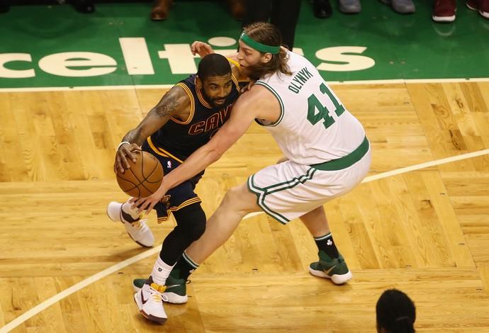Kyrie Irving, Boston Celtics x Cleveland Cavaliers (Foto: AFP)