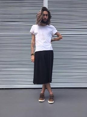 Matheus Maguelli, de 21 anos, começou a usar saias em 2014. (Foto: Arquivo Pessoal)