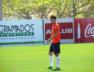 Scocco atacante Inter (Foto: Tomás Hammes / GLOBOESPORTE.COM)
