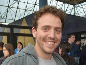 Estudante Diego Biondo, de Araraquara, considerou a prova da Unesp fácil (Foto: Felipe Turioni/G1)