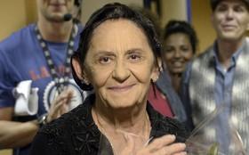 Dodô Tanajura vira 'febre' na web e Laura Cardoso celebra virada de Dorotéia