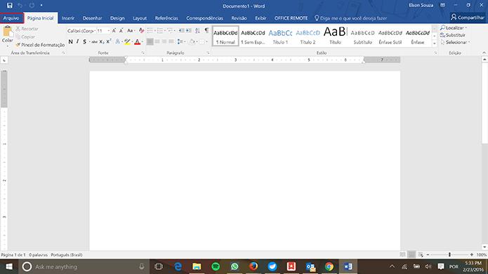 Office 2016 pode ter tema alterado para preto no menu Arquivo do Word, Powerpoint, Excel e OneNote (Foto: Reprodução/Elson de Souza)