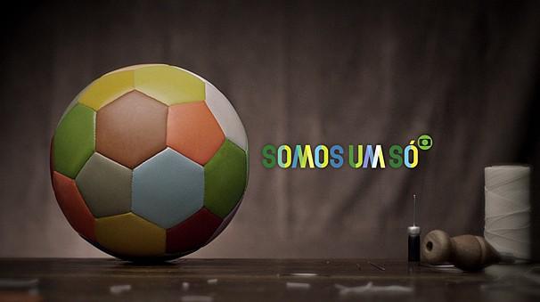 """""""Agora somos um só"""": a televisão, com a transmissão de uma Copa do Mundo, tem a magia de colocar o país todo na mesma vibração (Foto: Reprodução)"""