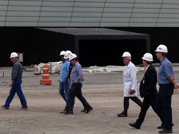 Volta ao trabalho no estádio do Corinthians (Foto: Letícia Macedo)