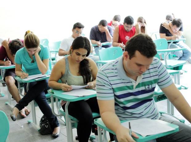 Provas da primeira fase  do concurso foram aplicadas em Belém, Altamira, Itaituba, Marabá, Redenção e Santarém neste domingo (6). (Foto: Márcio Ferreira / UEPA)