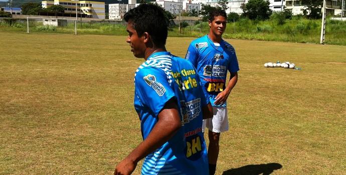 Vinicius e Rafael Felipe (Foto: Valdivan Veloso/Globoesporte.com)
