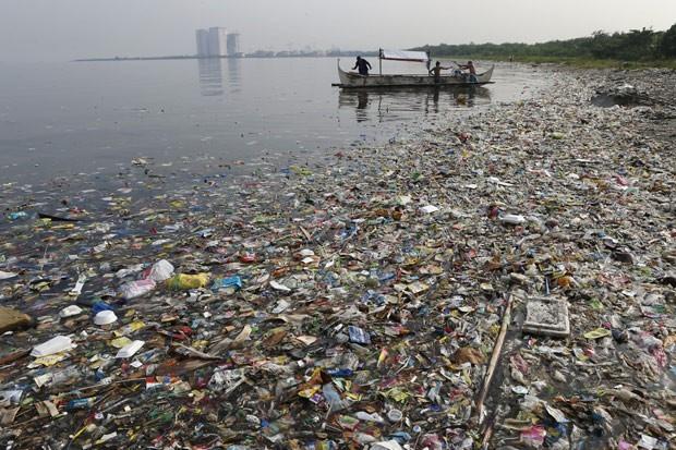 Segundo fundação, 80% da poluição de nossos mares é de origem terrestre (Foto: Erik De Castro/Reuters)