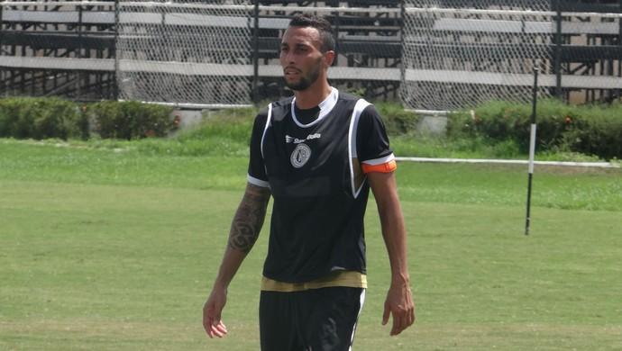 Elton Lira, lateral do ASA (Foto: Leonardo Freire/GloboEsporte.com)