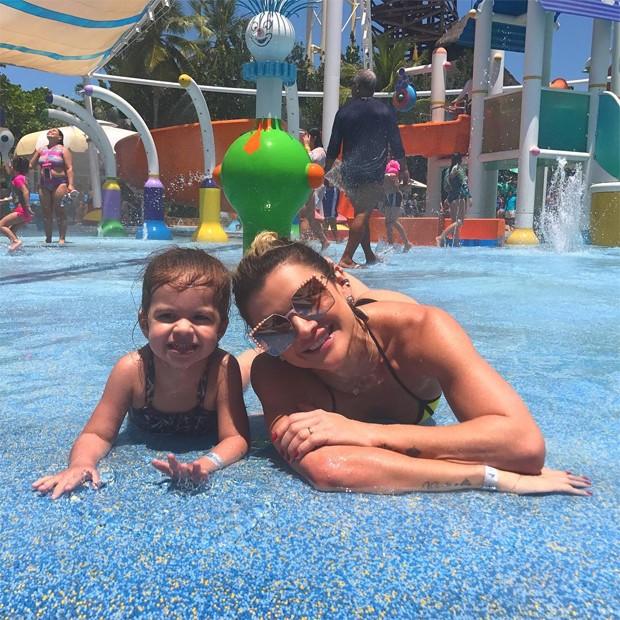 Mirella Santos e Valentina (Foto: Reprodução/Instagram)