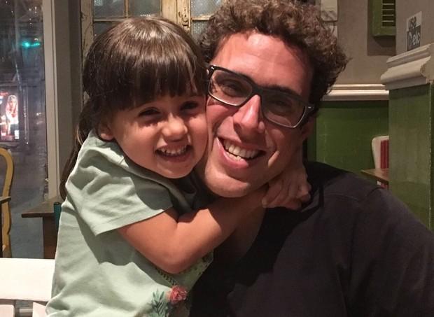 Bruno Côrtes e a filha, Julia (Foto: Arquivo pessoal)