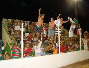 Torcedores do Santa Cruz-RN festejam título em Assú (Foto: Alex Santos/Divulgação)