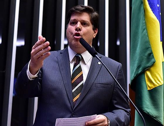 O deputado federal Baleia Rossi (PMDB-SP), em discurso na Câmara (Foto: Zeca Ribeiro / Câmara dos Deputados)