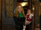 Angélica leva Eva ao aniversário de filho de Carolina Dieckmann