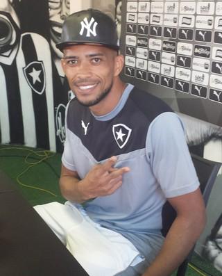 Luis Ricardo, Botafogo (Foto: Thiago Lima)