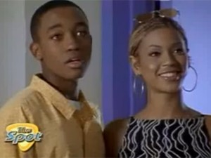 Beyoncé e Lee Thompson Young (Foto: Divulgação)