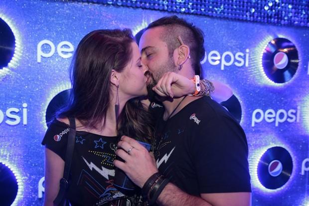 Agatha Moreira e marido no Rock in Rio (Foto: Felipe Panfili e Marcello Sá Barretto / AgNews)