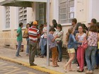 Filas são registradas em escolas no 1º dia de matrículas no Sul de Minas