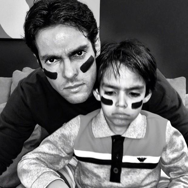 Kaká e o filho Luca (Foto: Reprodução/Instagram)