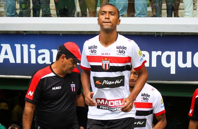 gualberto, zagueiro botafogo-sp (Foto: Rogério Moroti/Ag. Botafogo)