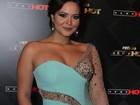 Geisy Arruda arrasa em look para premiação em São Paulo