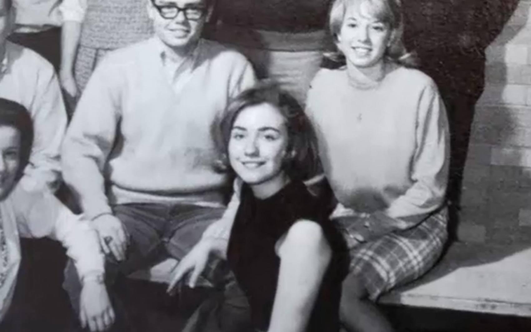 Hillary na época de faculdade (Foto: AFP)