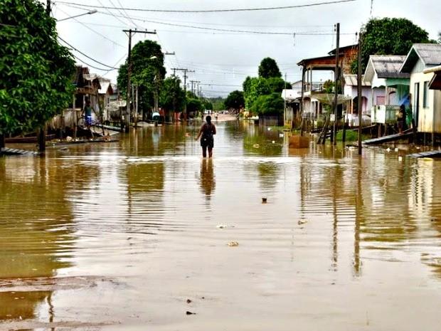 Esta é a décima cheia que Tarauacá enfrenta em quatro meses  (Foto: Jardy Lopes/Arquivo pessoal )