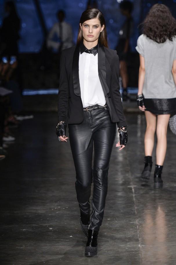 11cd2d699c0e7 Top 5 looks do Karl Lagerfeld pra Riachuelo. Confira! - Glamour ...