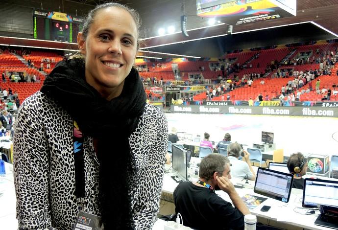 Amaya Valdemoro, ex-jogadora da seleção espanhola de basquete, em Bilbao (Foto: Cassio Barco)