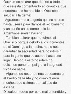 Mensagem compartilhada pelos jogadores argentinos (Foto: Reprodução/Twitter)