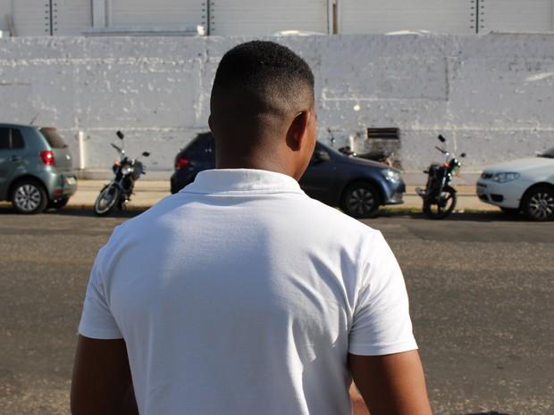 ENEM 2016 - DOMINGO (4) - TERESINA (PI) - João Santos diz que sofre racismo na pela (Foto: Wenner Tito/G1)