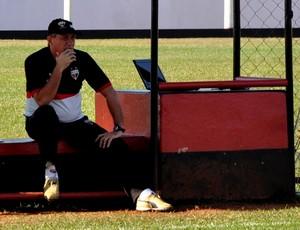 PC Gusmão, técnico do Atlético-GO (Foto: Guilherme Gonçalves/Globoesporte.com)
